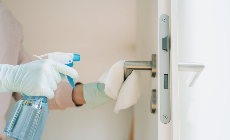 Preventivní dezinfekce nejvyužívanějších částí společných prostor